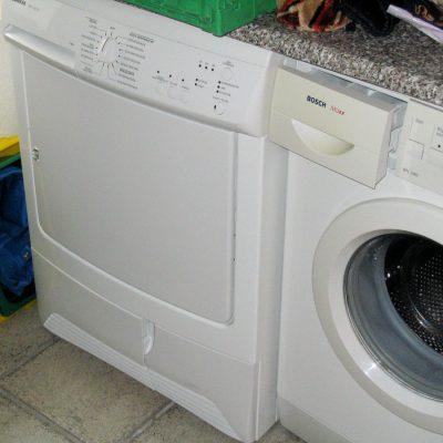 Waschmaschine, Trockner u.a.